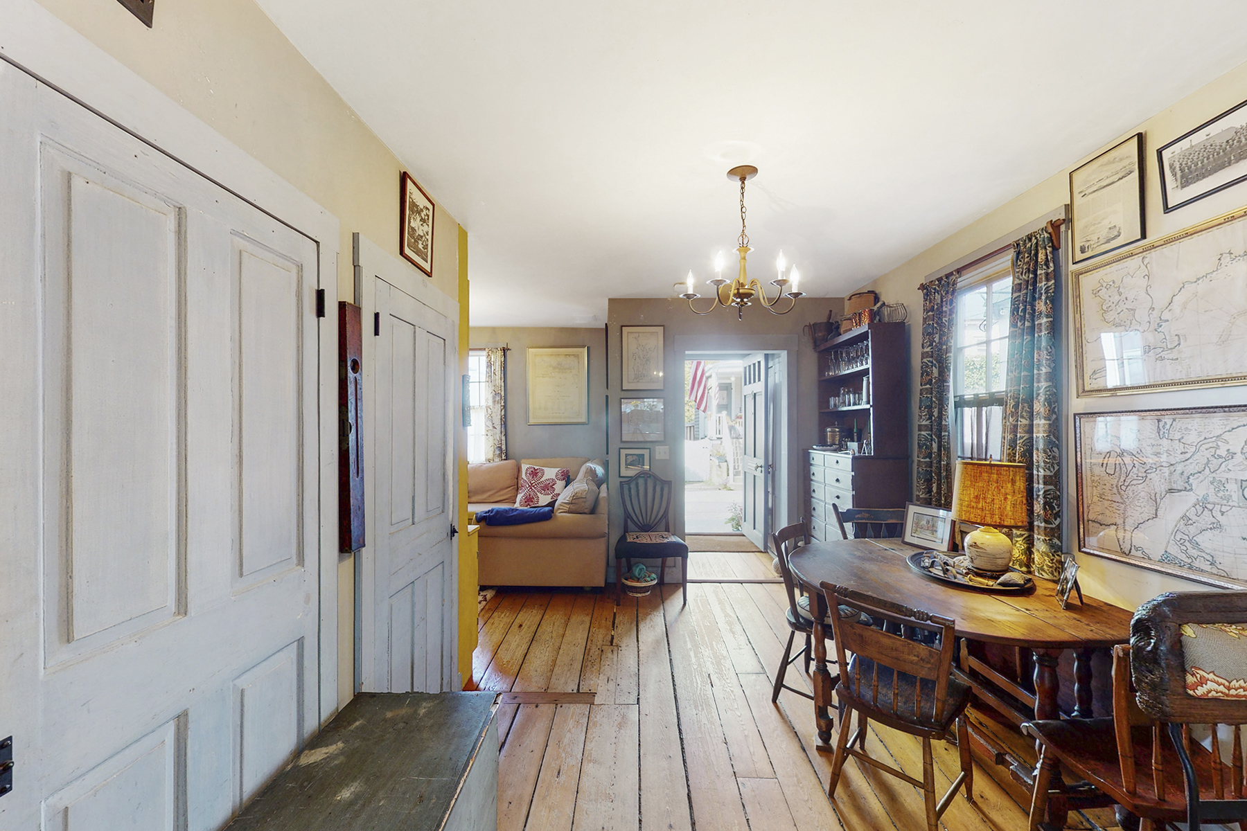 Additional photo for property listing at Cottage on The Point 5 Third Street Newport, Rhode Island 02840 United States