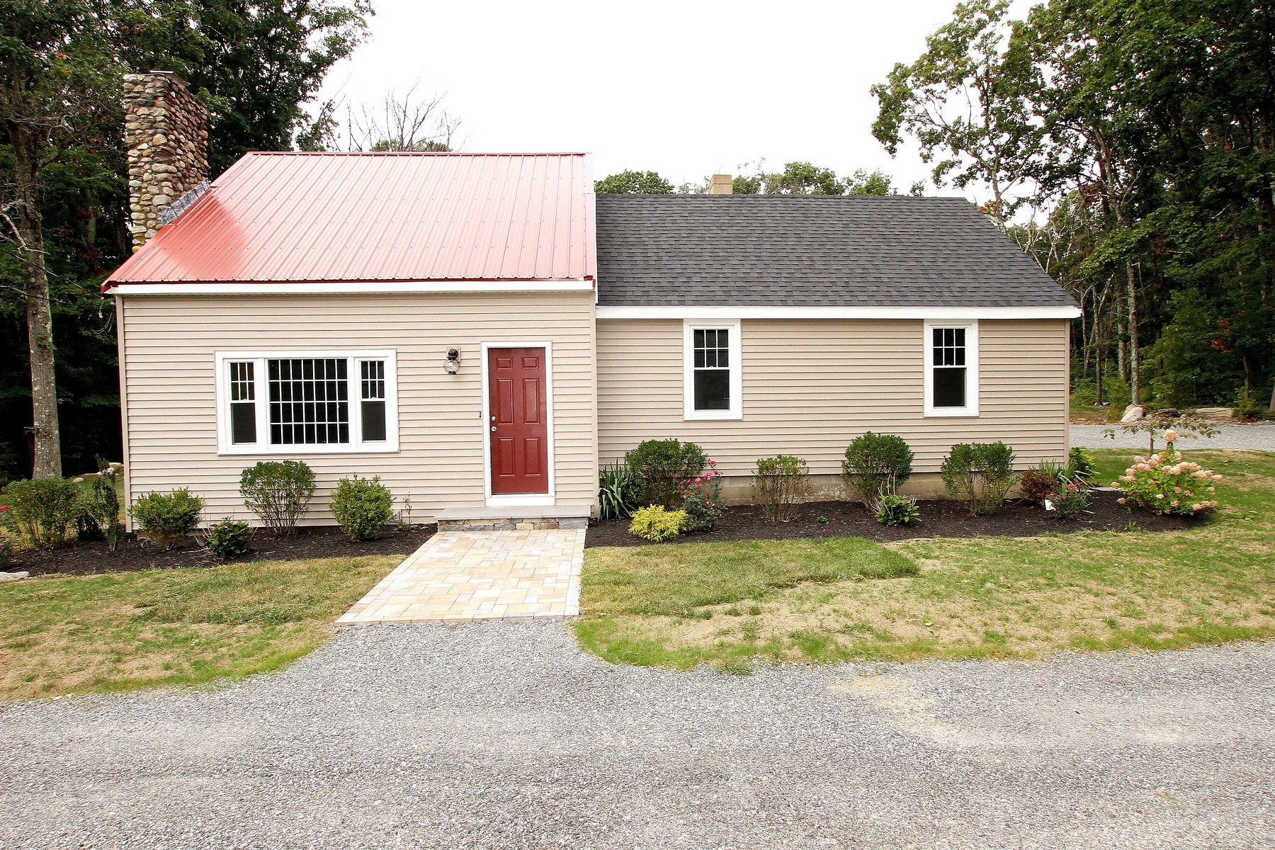 Single Family Homes for Sale at Charming Cape With A Metal Roof 452 South Main Street Bellingham, Massachusetts 02019 United States
