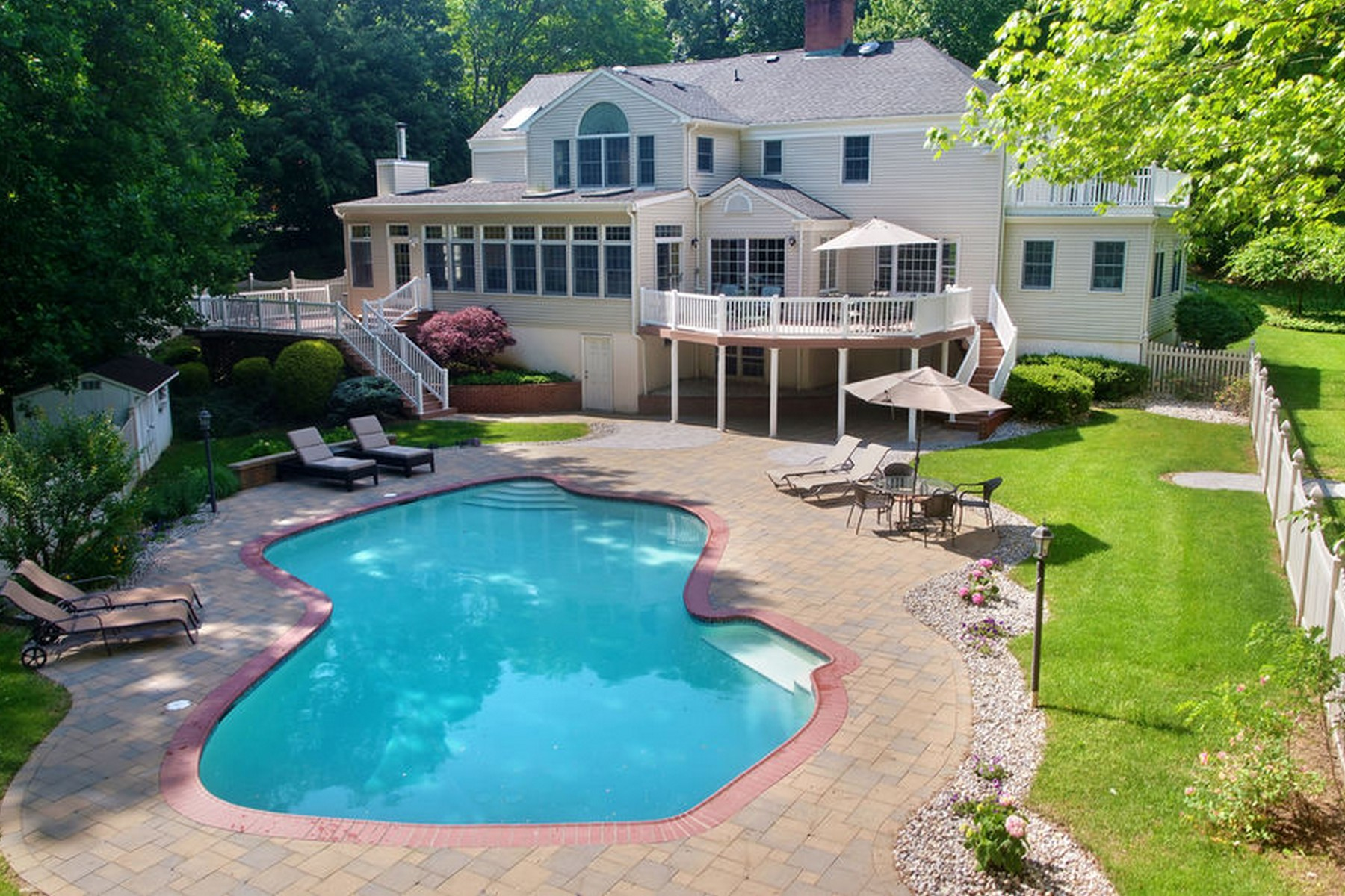 Single Family Homes for Sale at Majestic Custom Colonial 56 Glenwood Road, Colts Neck, New Jersey 07722 United States