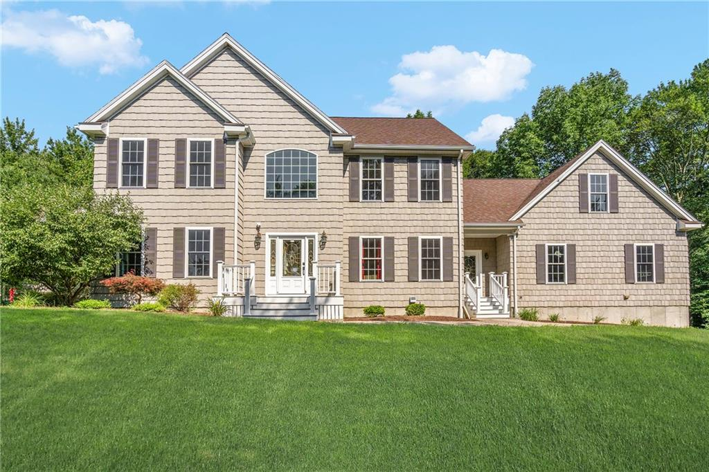 Single Family Homes por un Venta en 11 Charles W. Barth Drive, North Attleboro, MA 11 Charles W. Barth Drive North Attleboro, Massachusetts 02760 Estados Unidos