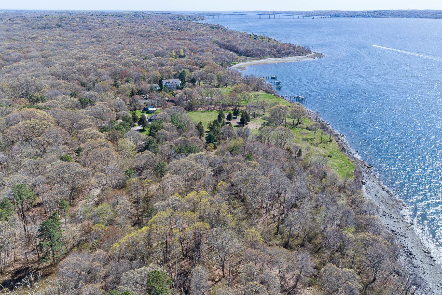 Additional photo for property listing at 1261 North Main Road Jamestown, Rhode Island 02835 United States