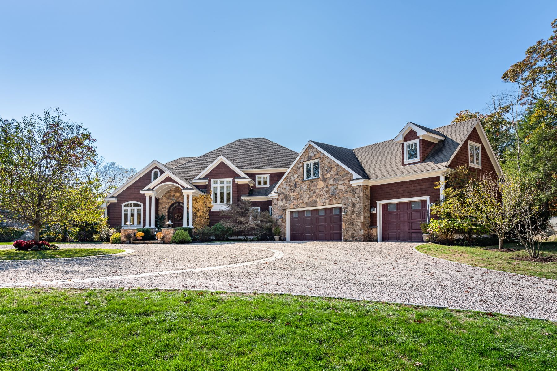 Single Family Homes 为 销售 在 622 Shermantown Road, North Kingstown, RI 622 Shermantown Road 北金斯敦, 罗得岛 02874 美国