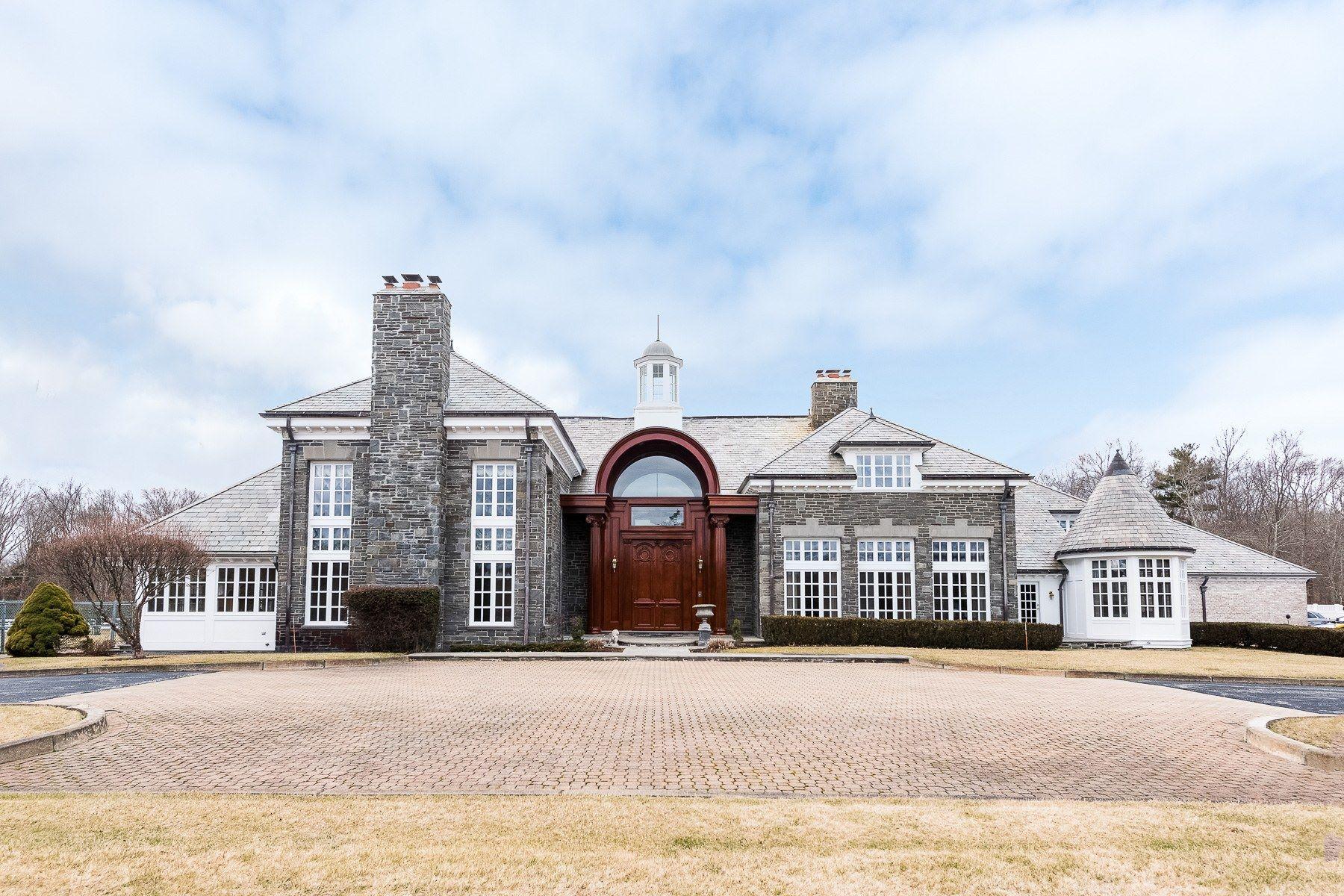 Single Family Homes 为 销售 在 322 Fairview Drive Rehoboth, 马萨诸塞州 02769 美国