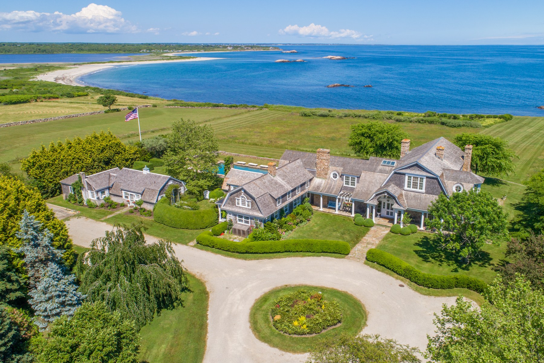 Single Family Homes for Sale at 82 Warrens Point Road Little Compton, Rhode Island 02837 United States