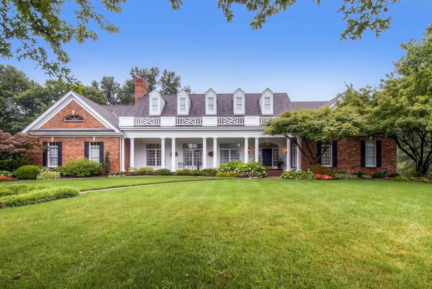 Property for Sale at Magnificent Frontenac Renovation in Gated Community with Pool 49 Manderleigh Estates Court Frontenac, Missouri 63131 United States
