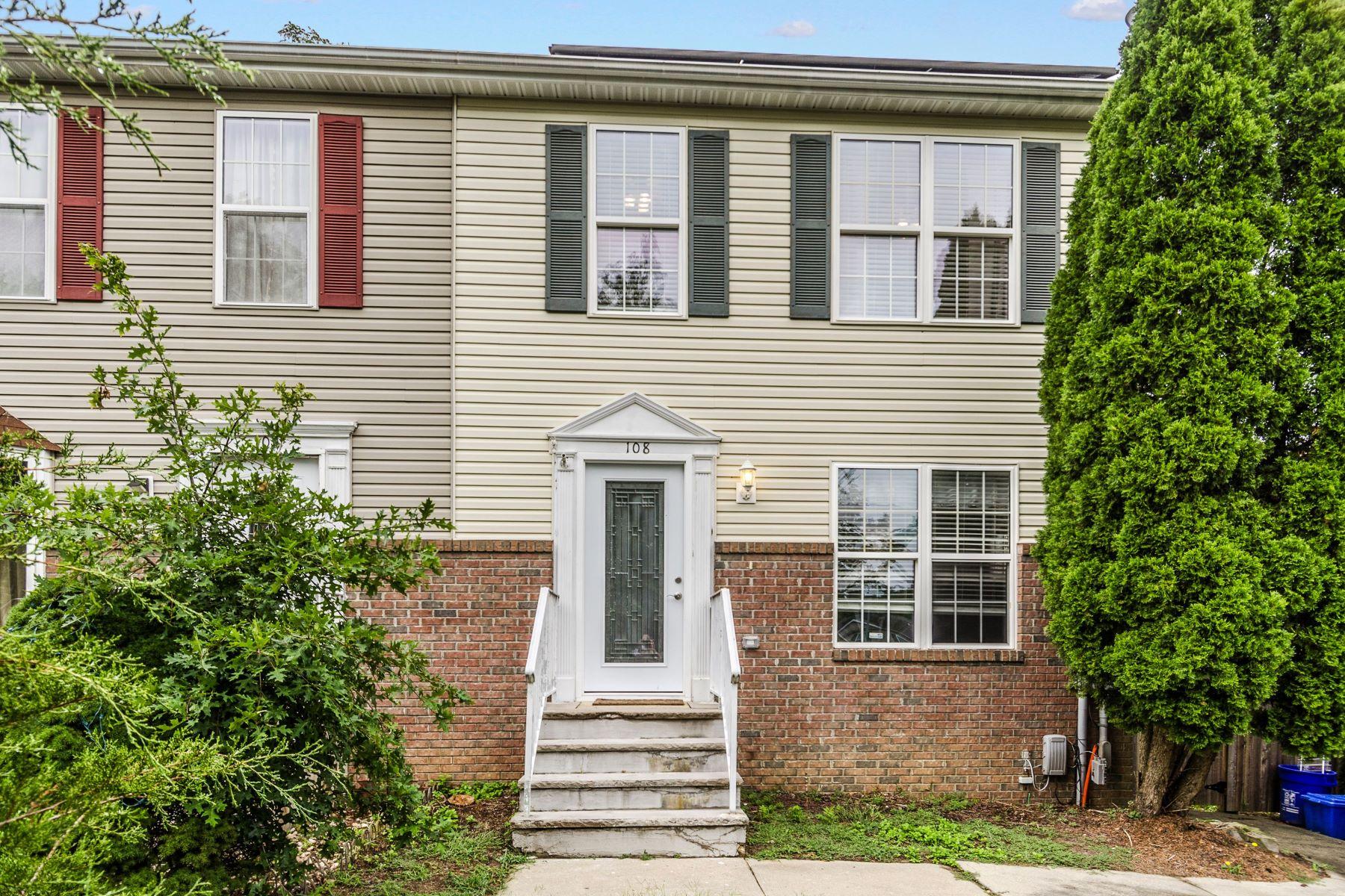 townhouses για την Πώληση στο Updated and Pretty as a Picture in Jamesburg 108 Mendoker Drive, Jamesburg, Νιου Τζερσεϋ 08831 Ηνωμένες Πολιτείες