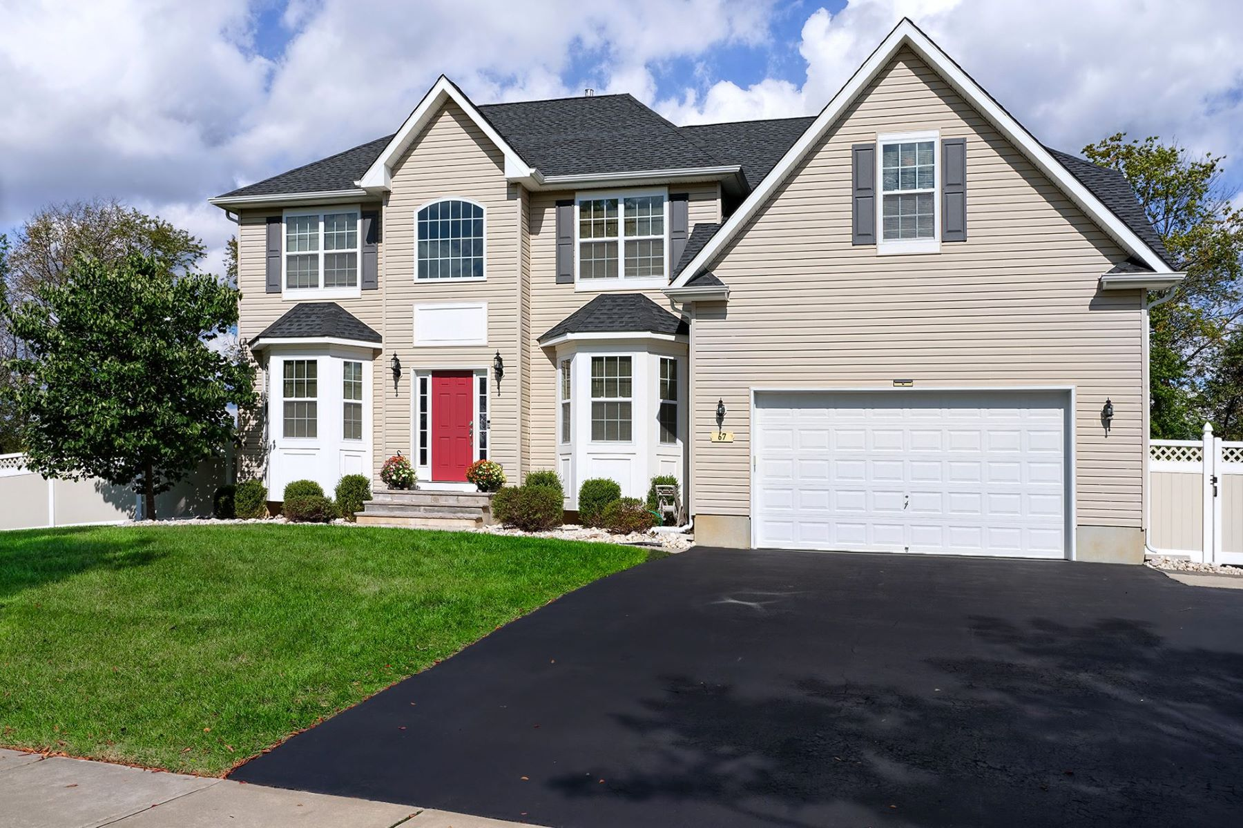 Single Family Homes for Sale at Six Year Old Beauty in East Windsor 67 Oak Creek Road, East Windsor, New Jersey 08520 United States