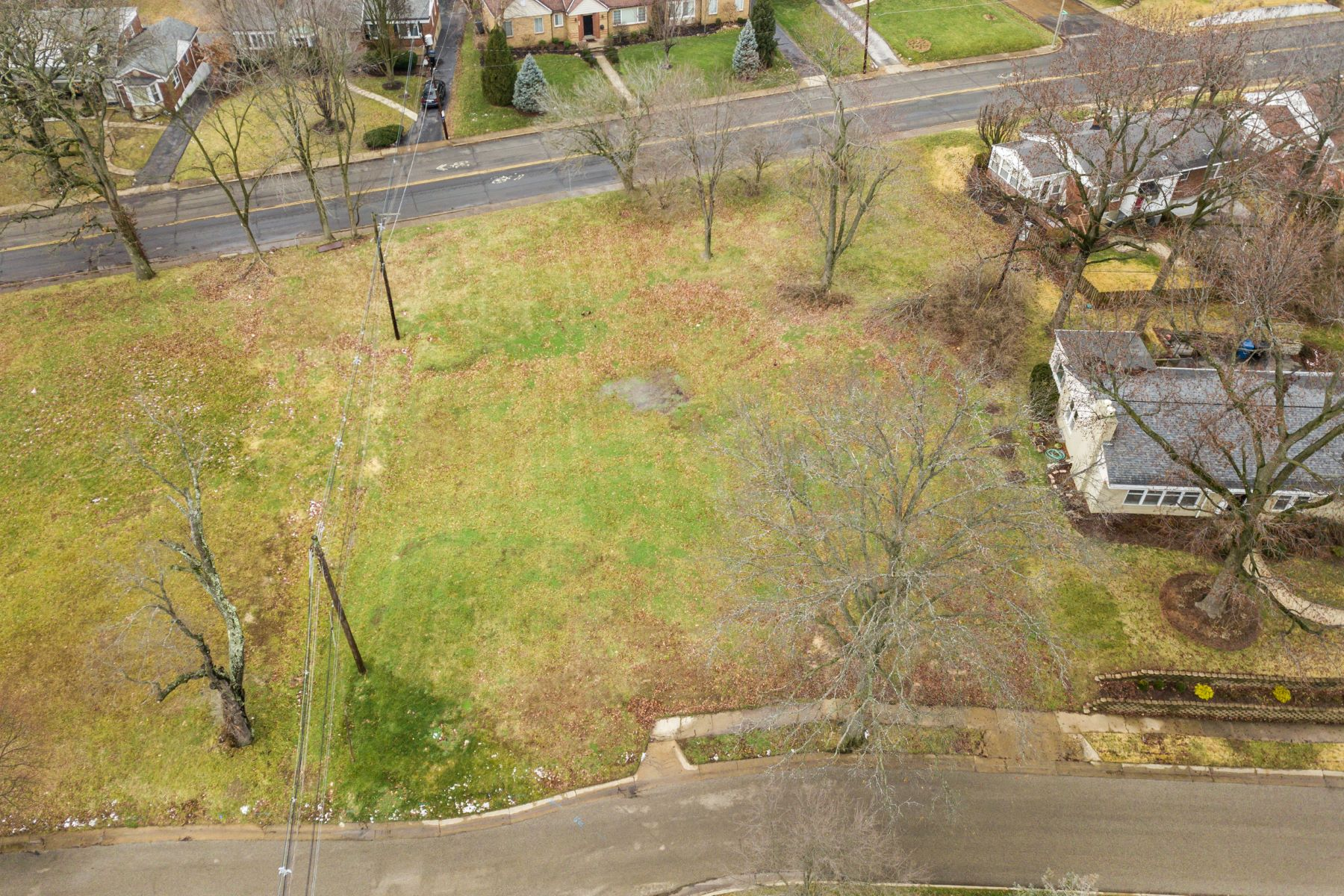 Land for Sale at New Construction Opportunity 801 Swarthmore Lane University City, Missouri 63130 United States