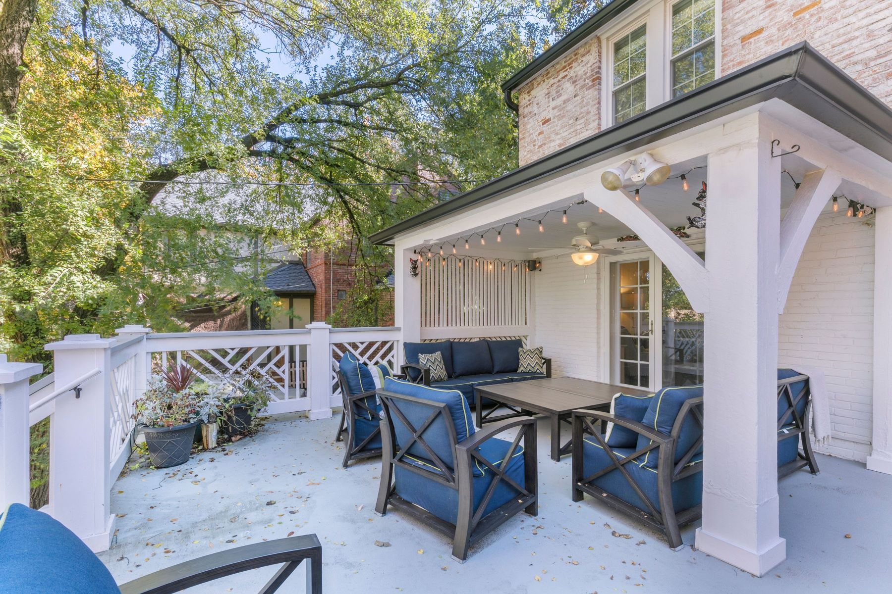 Additional photo for property listing at Old World Charm With Modern Elegance 7947 Gannon Avenue University City, Missouri 63130 United States