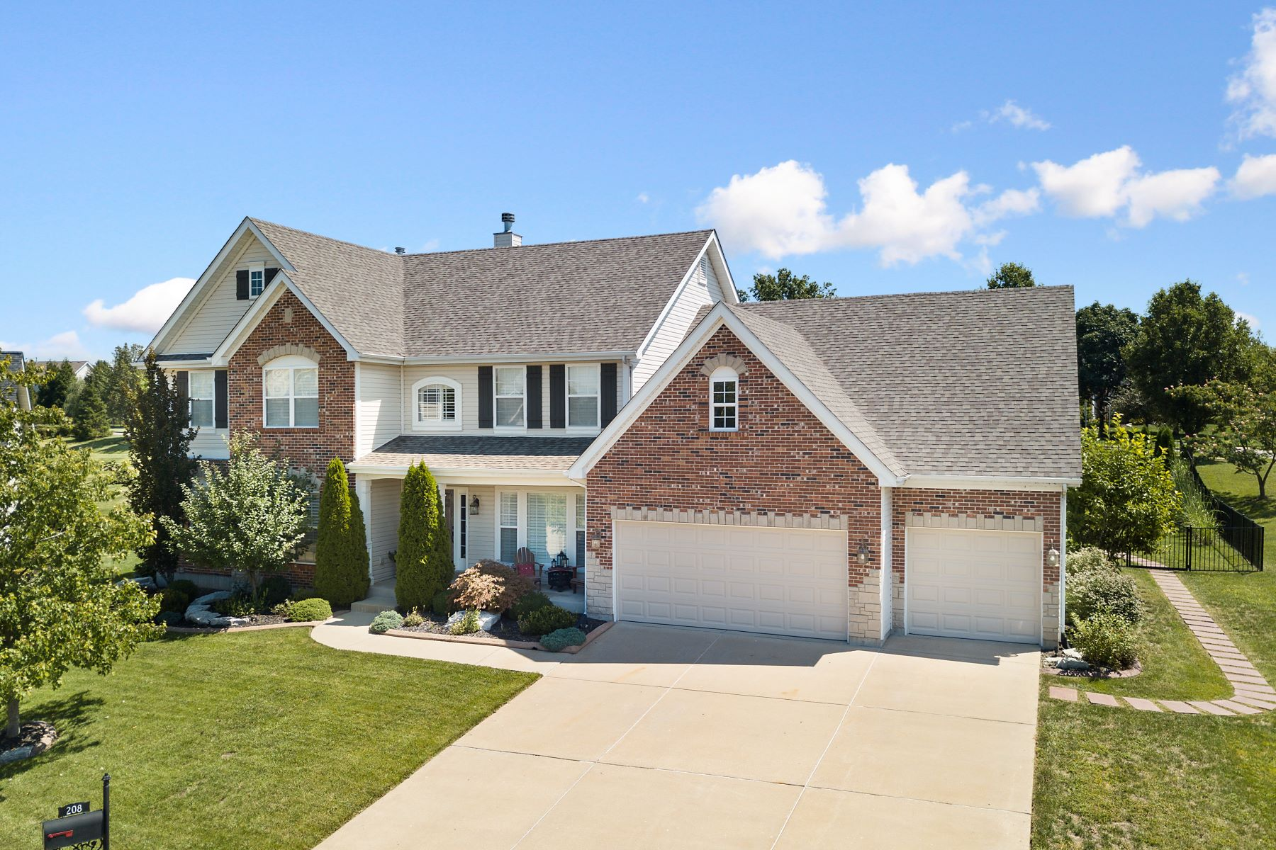 Single Family Homes for Sale at Gorgeously Maintained Wildwood Two Story 208 Spyglass Hill Drive Wildwood, Missouri 63040 United States