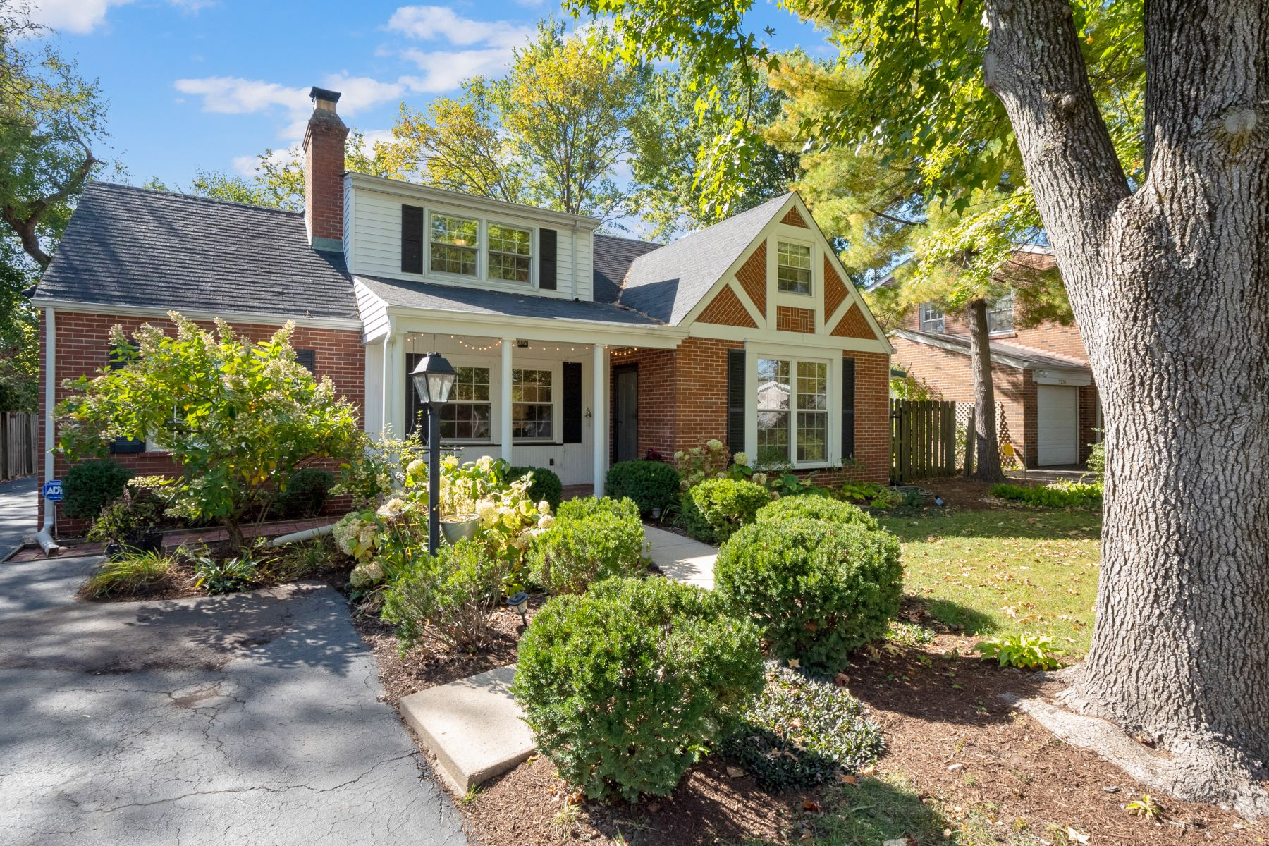 Property for Sale at Classic Chevy Chase Cottage! 9230 Old Bonhomme Road Olivette, Missouri 63132 United States