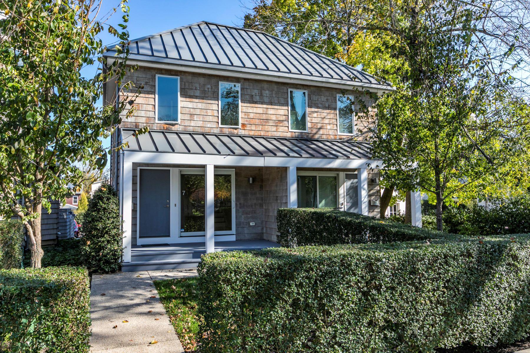Condominiums vì Bán tại Sleek, Modern Hillier Condo in the Heart of Town 7 Greenview Avenue, Princeton, New Jersey 08542 Hoa Kỳ