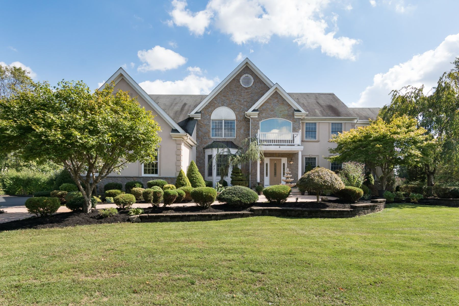 Grandly Scaled Elegance in Forest Edge 4 Millennium Drive, Columbus, Nova Jersey 08022 Estados Unidos