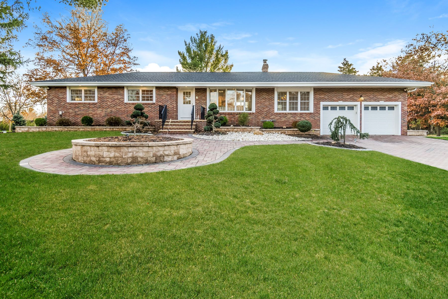 Single Family Homes for Sale at Multi-Generational Living At Its Best 427 Belle Mead Griggstown Road, Belle Mead, New Jersey 08502 United States