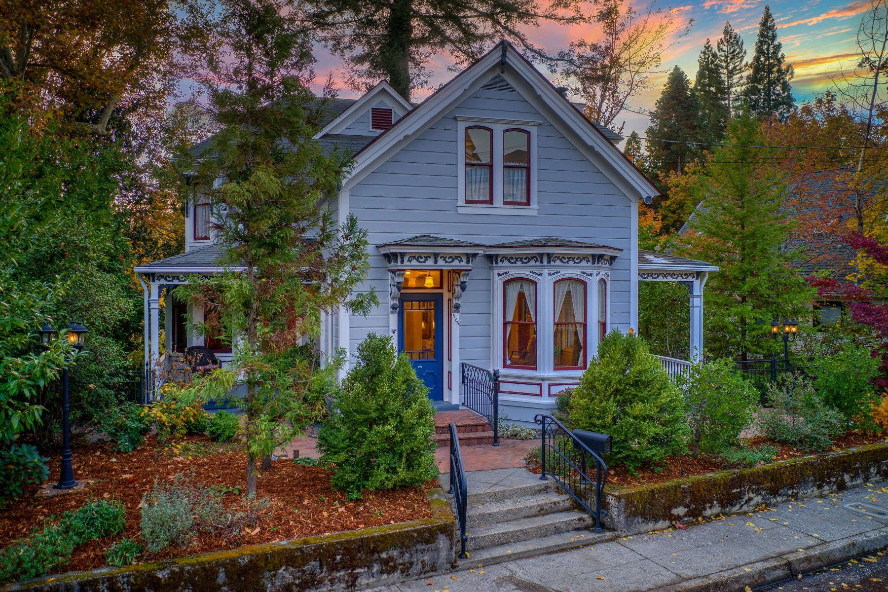 Single Family Homes for Active at 523 W Broad Street, Nevada City, CA 95959 523 W. Broad Street Nevada City, California 95959 United States