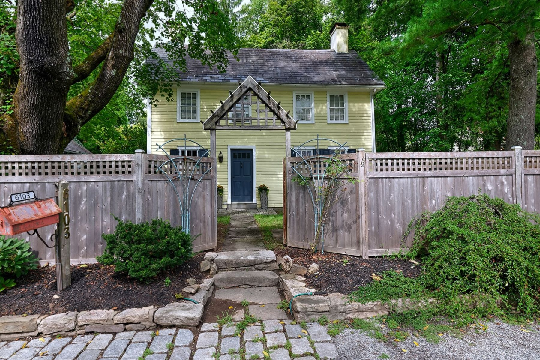 Single Family Homes for Sale at Perfect For Today's Way Of Life 6103 Upper York Road, New Hope, Pennsylvania 18938 United States