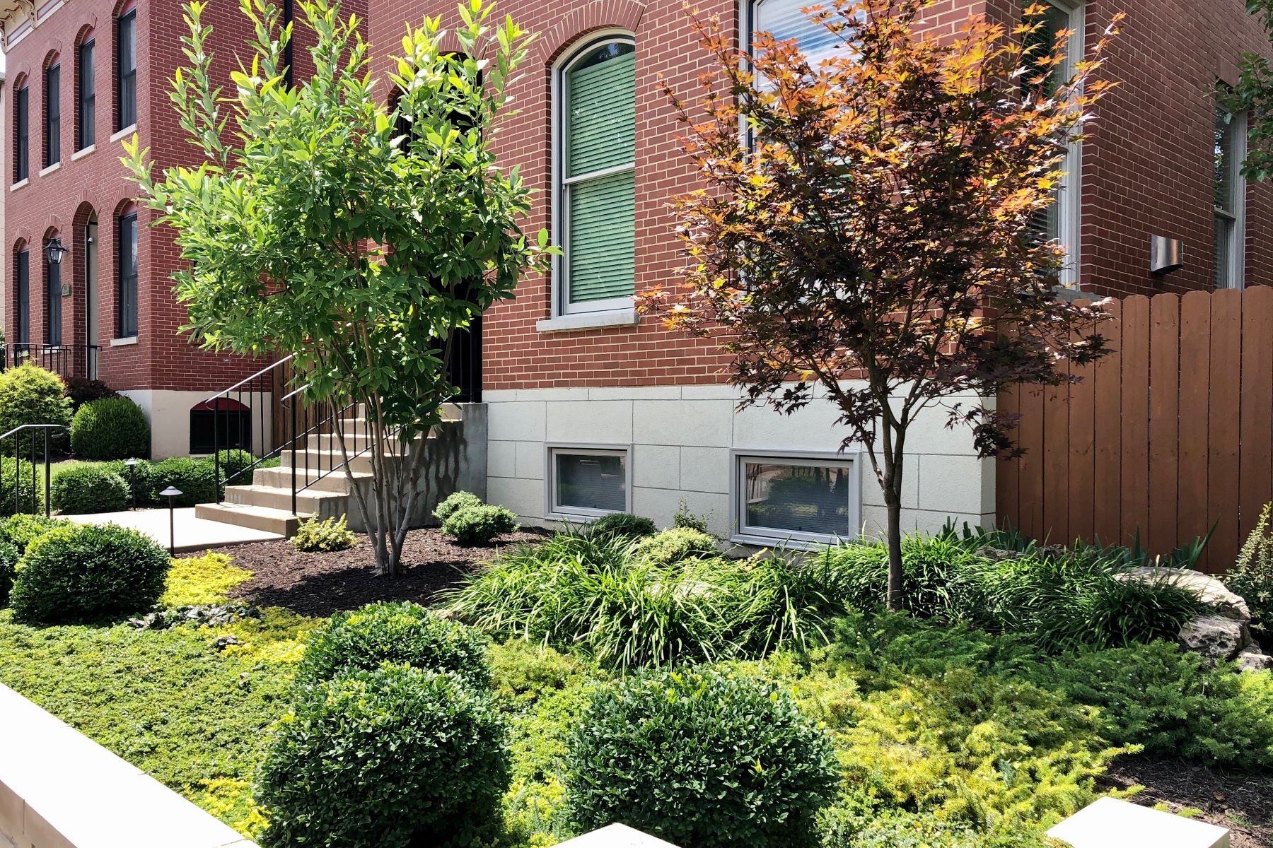 Additional photo for property listing at Modern Gem in Lafayette Square 1107 Dolman Street St. Louis, Missouri 63104 United States