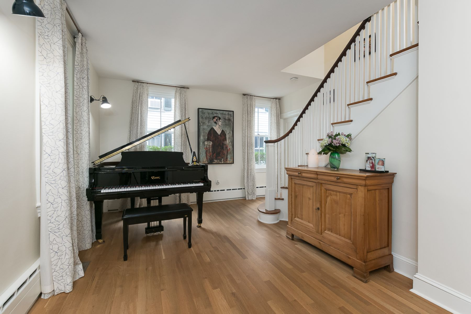 Additional photo for property listing at 19th Century Charm, 21st Century Features 132 Mercer Street, Princeton, New Jersey 08540 United States