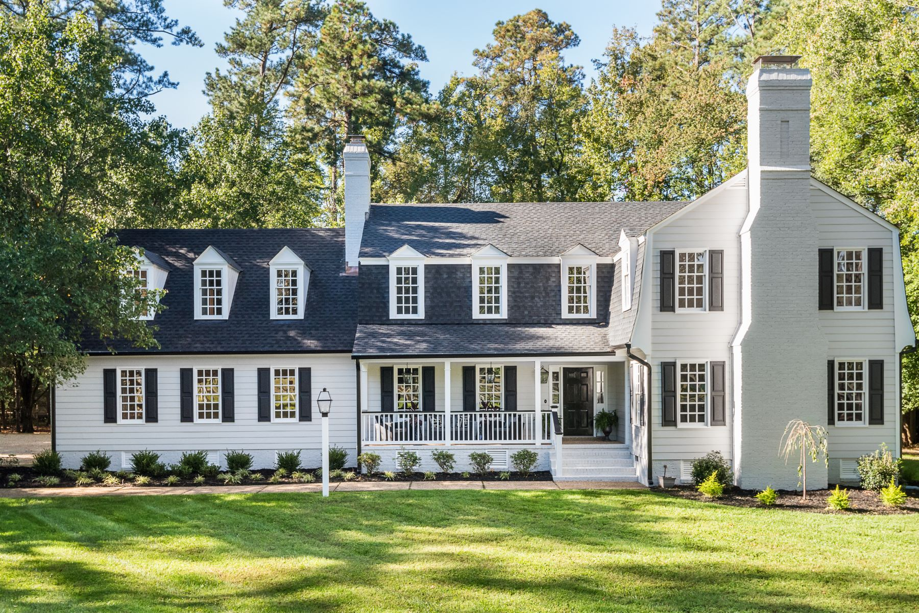 Single Family Homes for Sale at 9501 River Road, Henrico, Va, 23229 Henrico, Virginia 23229 United States