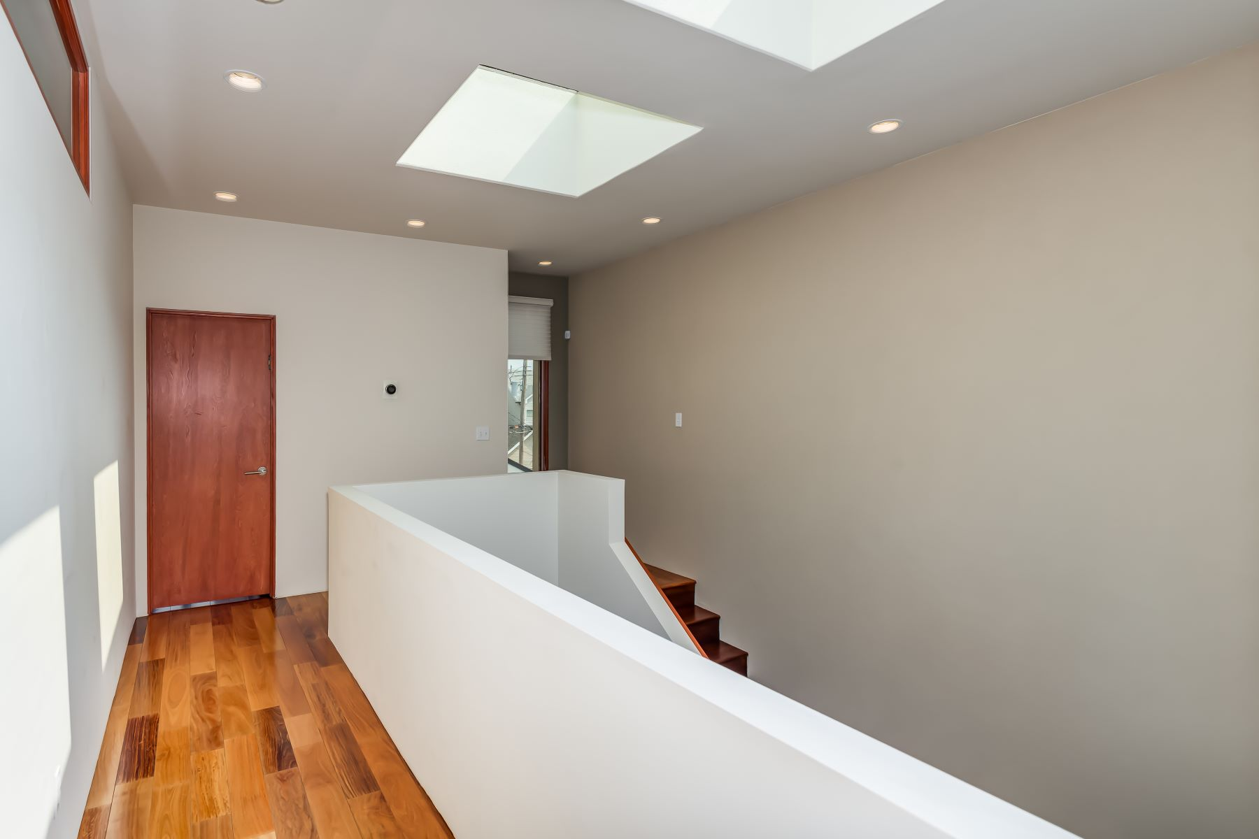Additional photo for property listing at Celebration of Contemporary Design in CWE 4237 McPherson Avenue St. Louis, Missouri 63108 United States