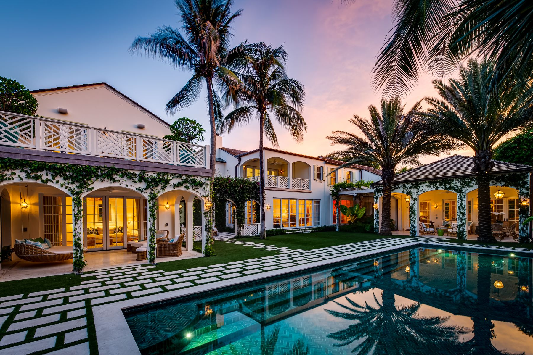 Single Family Homes for Sale at Gulfstream Road Estate 135 Gulfstream Road Palm Beach, Florida 33480 United States