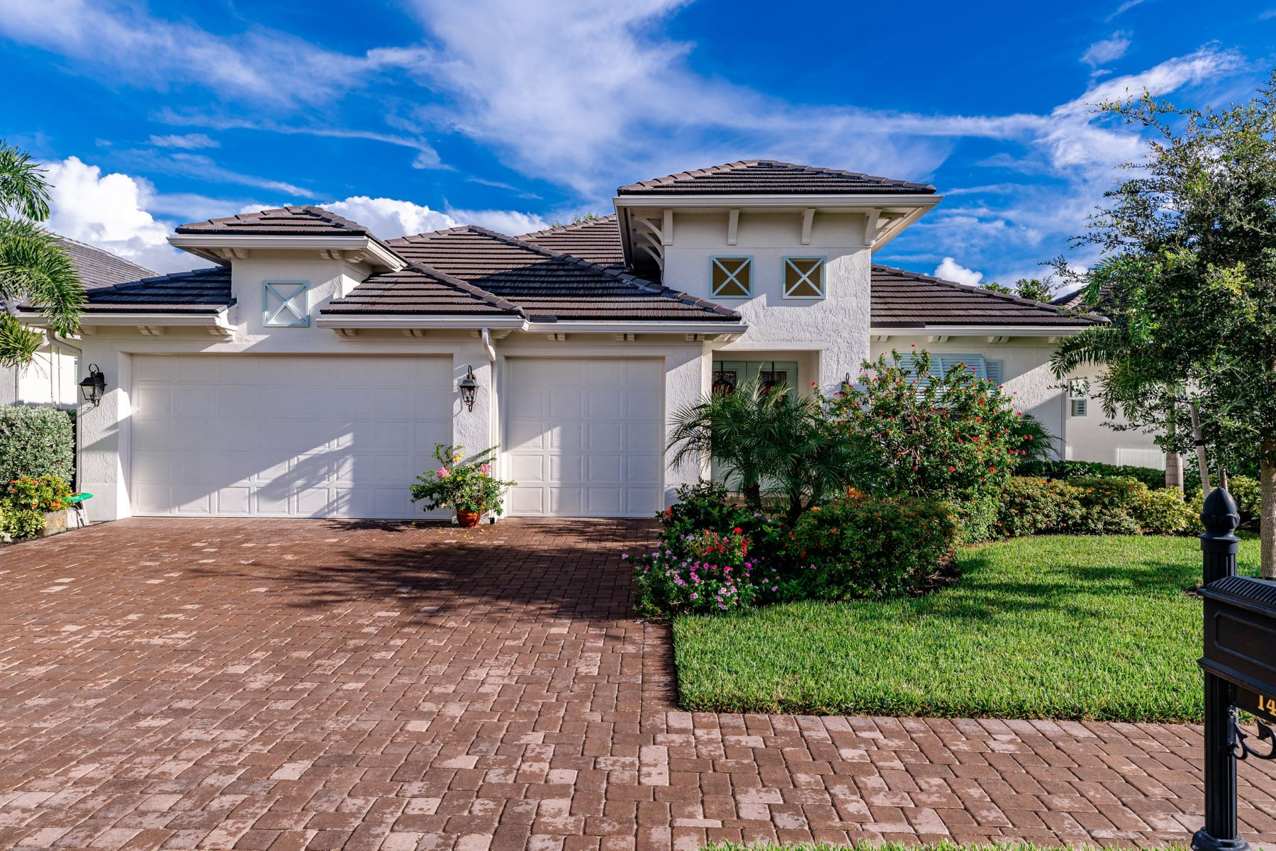 Single Family Homes for Sale at 1431 Lilys Cay Circle, Vero Beach, FL 1431 Lilys Cay Circle Vero Beach, Florida 32967 United States