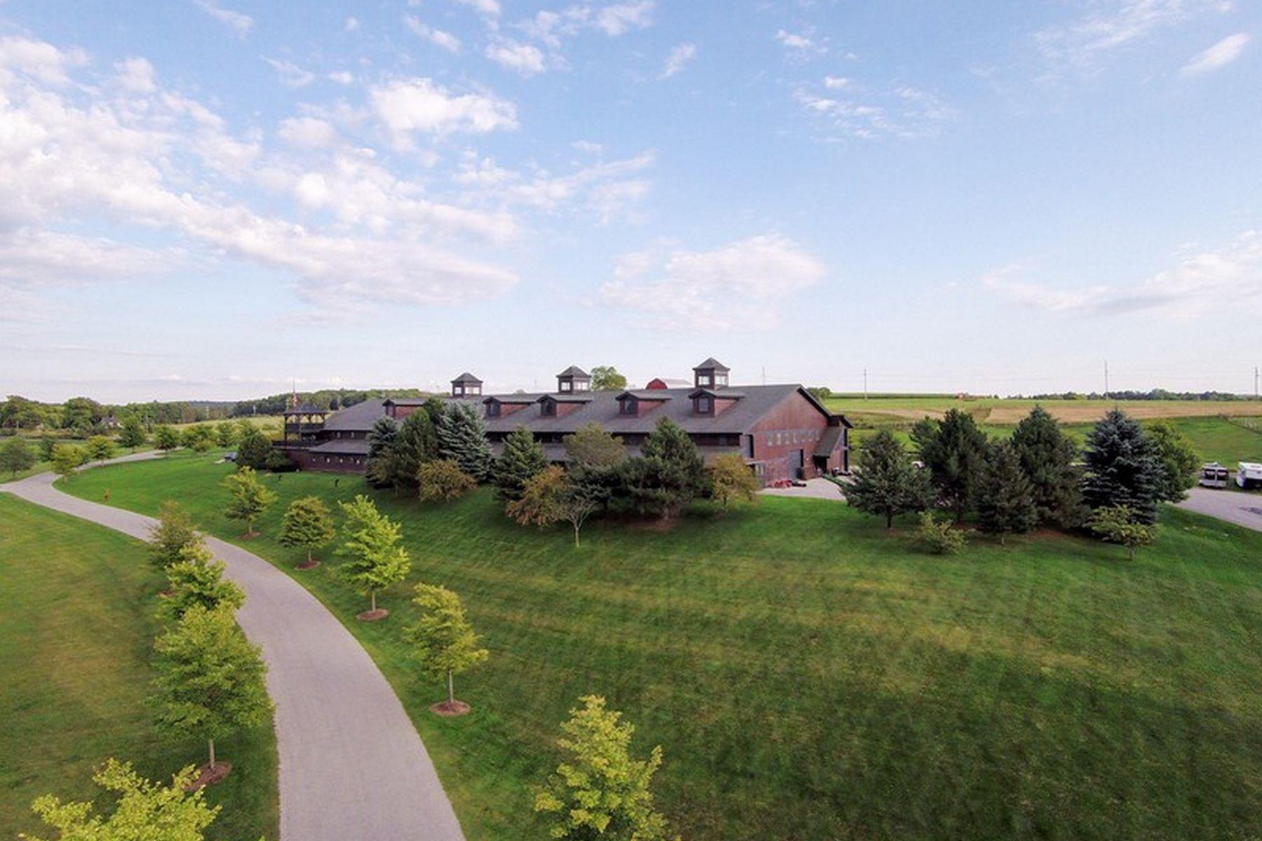 Farm and Ranch Properties 為 出售 在 Equestrian Masterpiece 5251 Charlevoix Road, Petoskey, 密歇根州 49770 美國