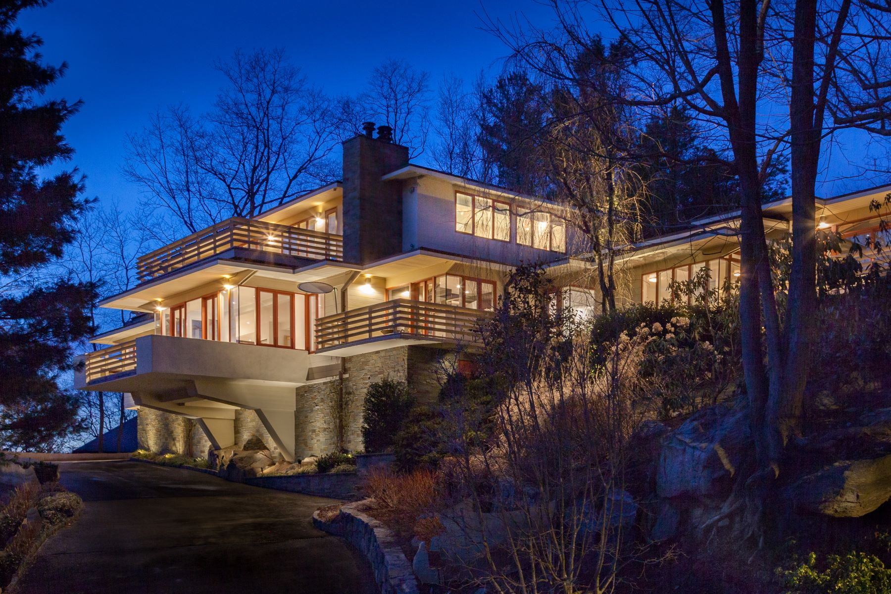 Single Family Homes 為 出售 在 Welcome To 1 Governors Road Bronxville, 纽约 10708 美國